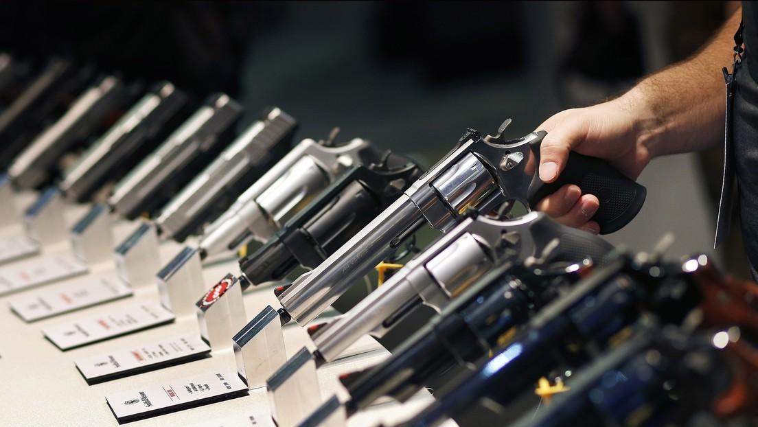 Un juez acepta que fabricantes de armas de EE.UU. respondan en conjunto a la demanda interpuesta por el gobierno mexicano