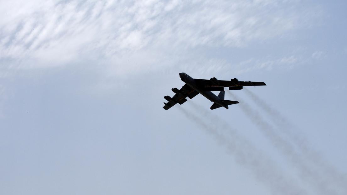 VIDEO: Tres cazas rusos escoltan a un bombardero estratégico de EE.UU. sobre las aguas del océano Pacífico
