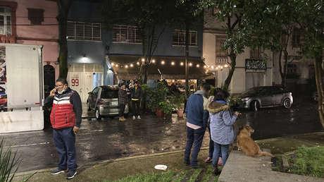 VIDEOS: Expectativa y pánico en las calles de México minutos después del sismo de 7,1