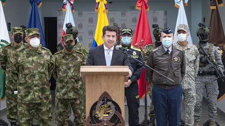 """Ministro de Defensa de Colombia insiste en acusar a Venezuela de amparar en su territorio a """"grupos armados ilegales"""""""