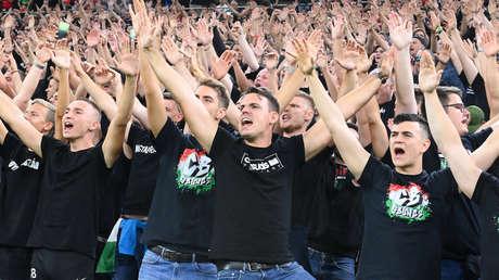 La FIFA multa a la selección de Hungría y la sanciona con un partido a puerta cerrada por el comportamiento racista de sus aficionados
