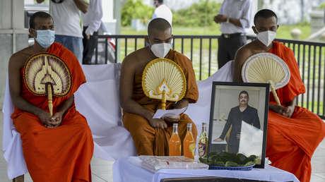Muere por covid-19 el chamán que afirmó haber creado una 'pócima' para acabar con el virus y trató a numerosas celebridades y políticos en Sri Lanka