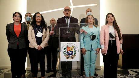 ¿Estancamiento o replanteamiento del escenario? Las dificultades (y boicots) que atraviesa el diálogo entre el Gobierno de Venezuela y la oposición