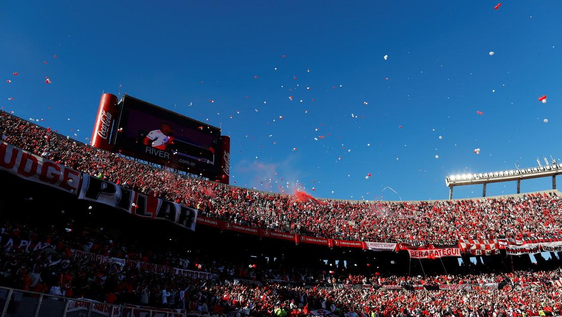 Polémica en el superclásico de Argentina por sospechas de que hubo casi 20.000 espectadores más de lo...