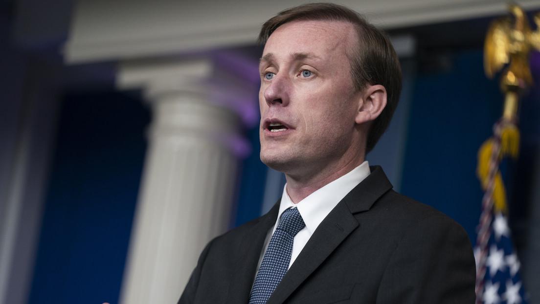 """EE.UU. aboga por las conversaciones con Irán pero """"considera otras opciones si falla la diplomacia"""""""