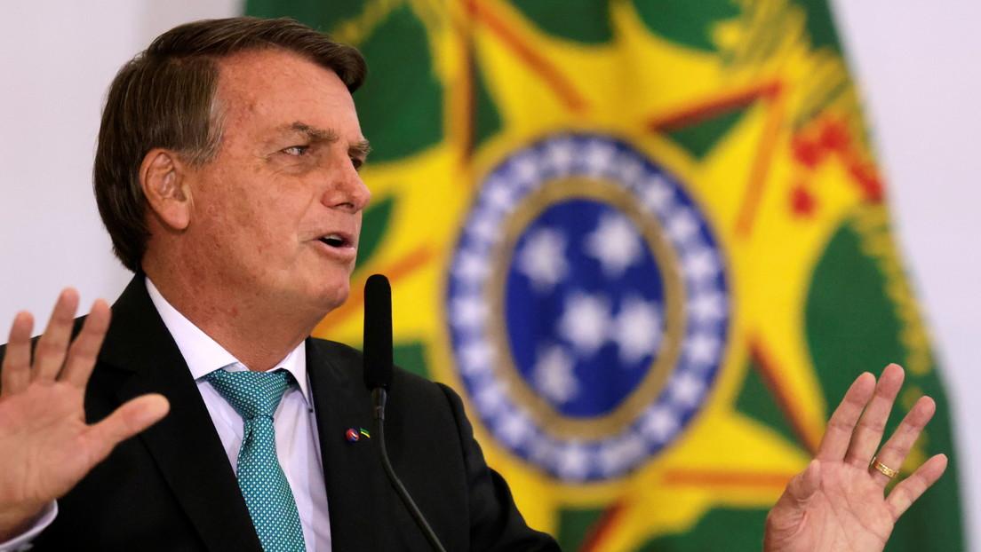 La Policía pide más tiempo para investigar a Bolsonaro por divulgar documentos confidenciales en las redes sociales