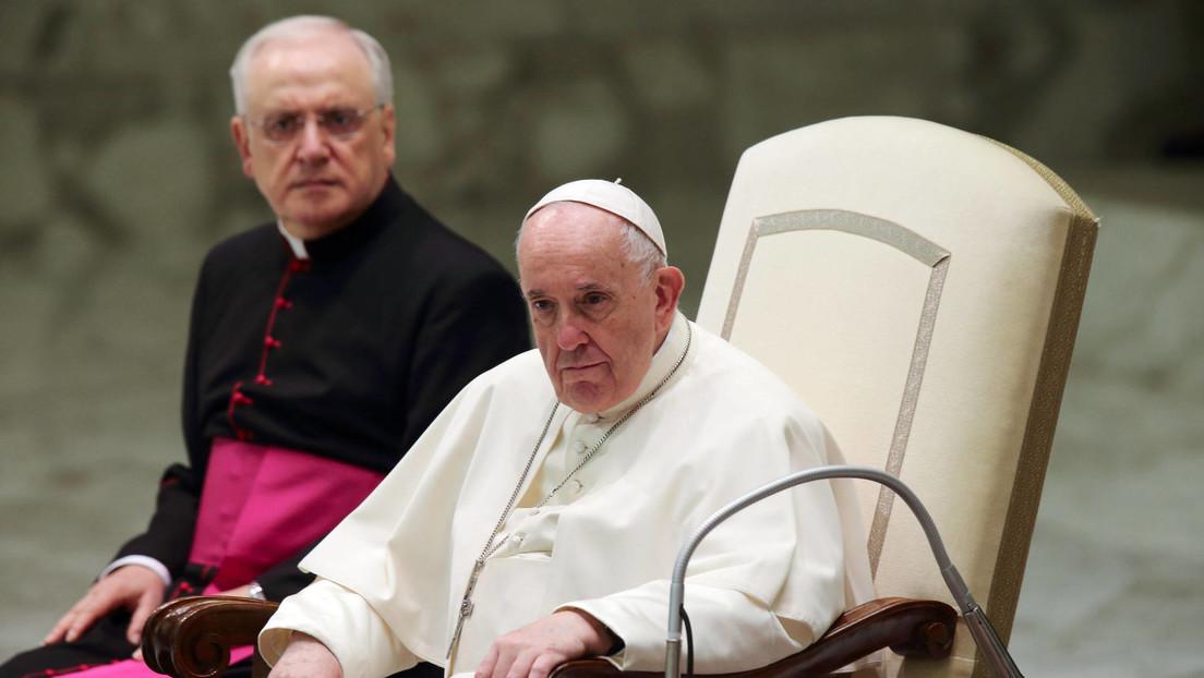 """El papa Francisco expresa """"vergüenza"""" por sí mismo ante la magnitud de los abusos sexuales contra menores cometidos en Francia"""