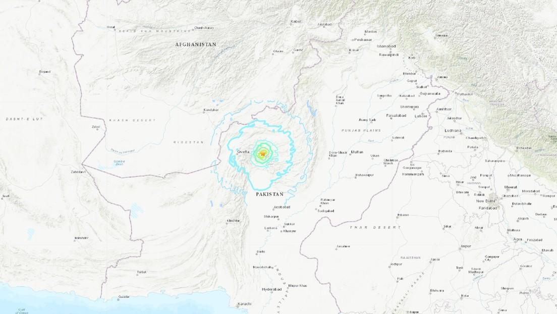 Al menos 20 muertos y más de 300 heridos en un sismo de 5,9 en el sur de Pakistán