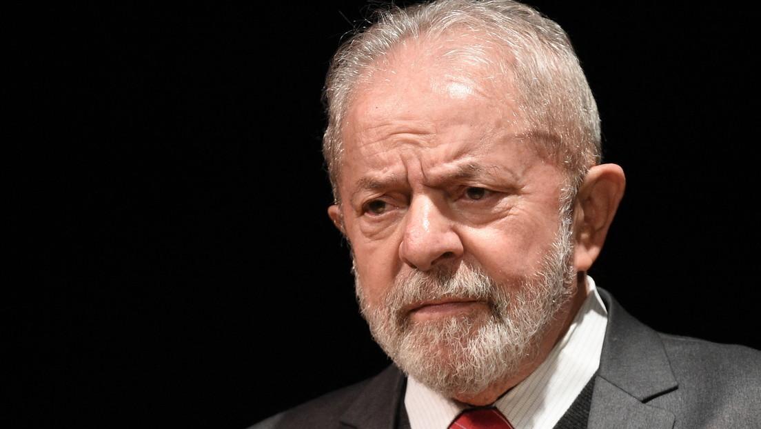 """""""Debería cerrar la boca y gobernar el país"""": Lula llama a Bolsonaro """"incompetente"""" y dice que decidirá su candidatura """"en el momento adecuado"""""""