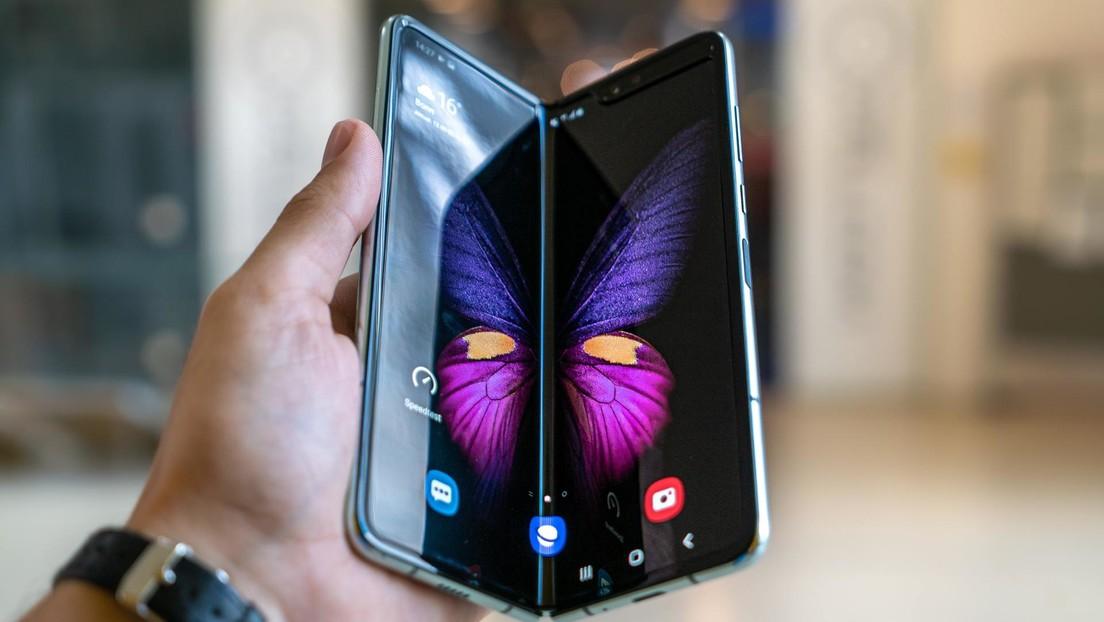 VIDEO: Samsung pone a prueba la resistencia de sus teléfonos plegables en medio de las quejas de usuarios por...
