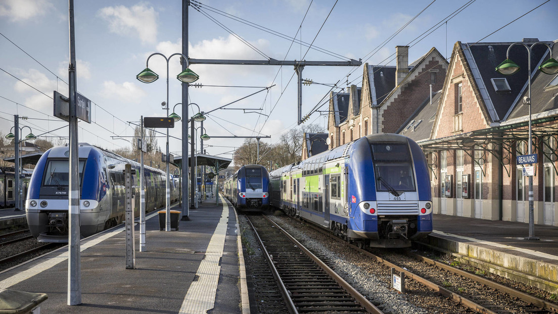 Un tren arrolla mortalmente a tres migrantes que estaban tendidos sobre las vías en Francia