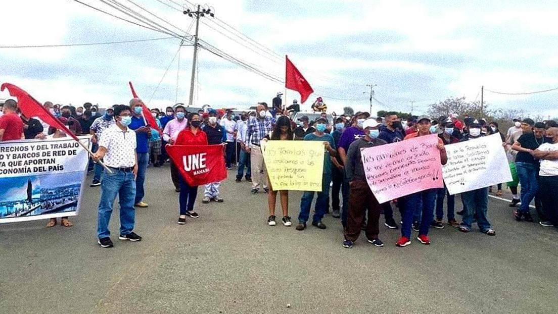 Bloqueos de vías y multitudinarias manifestaciones: las razones de las nuevas protestas de los agricultores en Ecuador