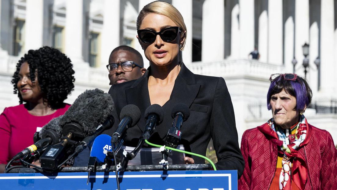 """""""Me estrangularon, me abofetearon y me espiaron"""": Paris Hilton vuelve a pronunciarse sobre los abusos que sufrió en centros para jóvenes con problemas"""