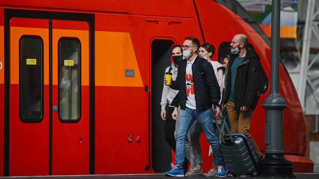 Moscú vuelve a confinarse: se cierran escuelas, restaurantes y tiendas no esenciales por el ascenso de los casos de covid-19