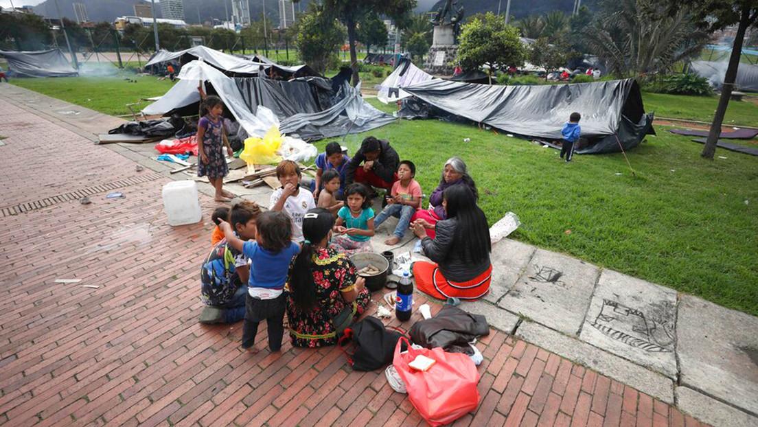Desplazados en Colombia y olvidados en Bogotá: qué hay detrás del ultimátum de desalojo contra 1.500 indígenas embera