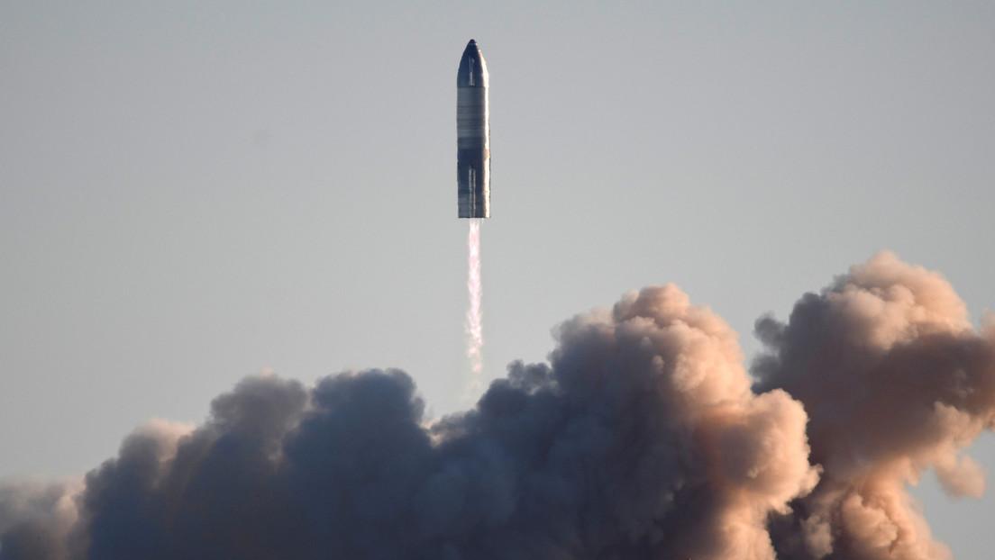 """""""Puerta a Marte"""": SpaceX ultima los preparativos para el primer lanzamiento orbital de su nave Starship S20 (VIDEO)"""
