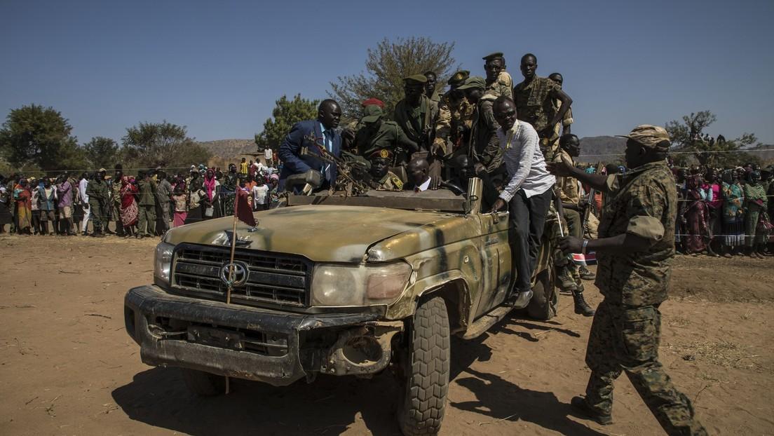 Reportan un golpe de Estado en Sudán: la casa del primer ministro es rodeada por militares y varios funcionarios son detenidos