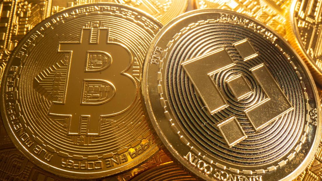 Retiran más de 2.000 millones de dólares en bitcoines de la mayor criptobolsa del mundo: ¿a qué se debe?