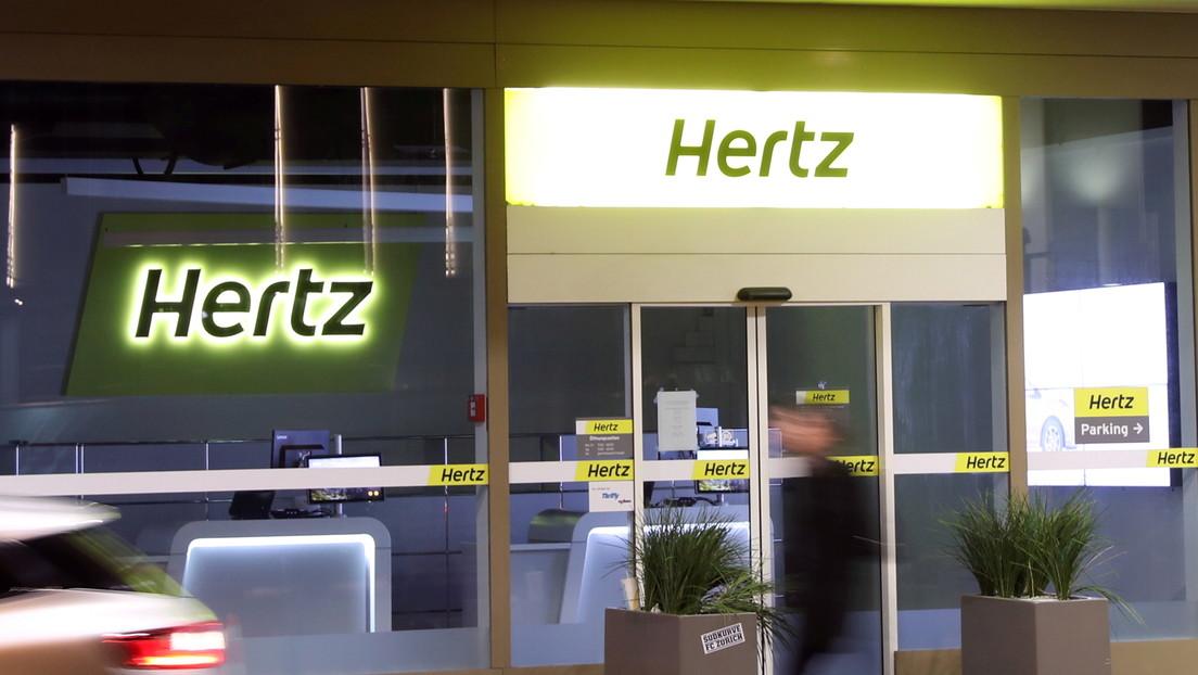 Hertz anuncia la compra de 100.000 coches eléctricos de Tesla y eleva su valor de mercado por encima del billón de dólares