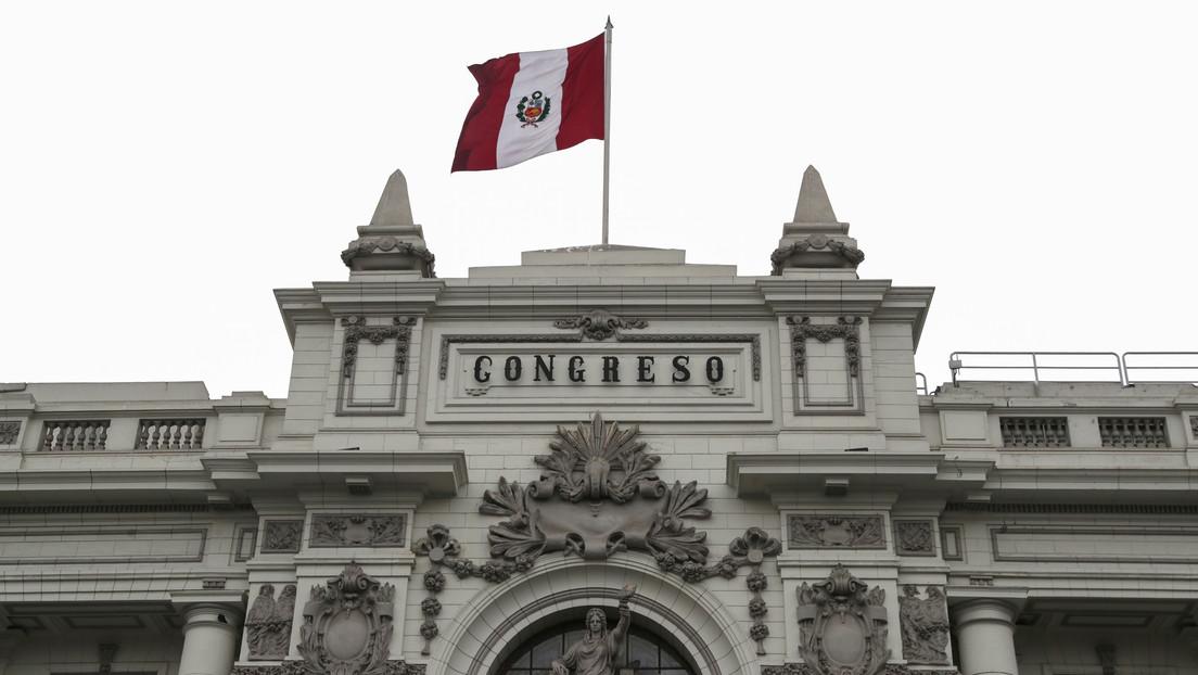 VIDEO: El Congreso de Perú suspende la sesión por la muerte del legislador Fernando Herrera