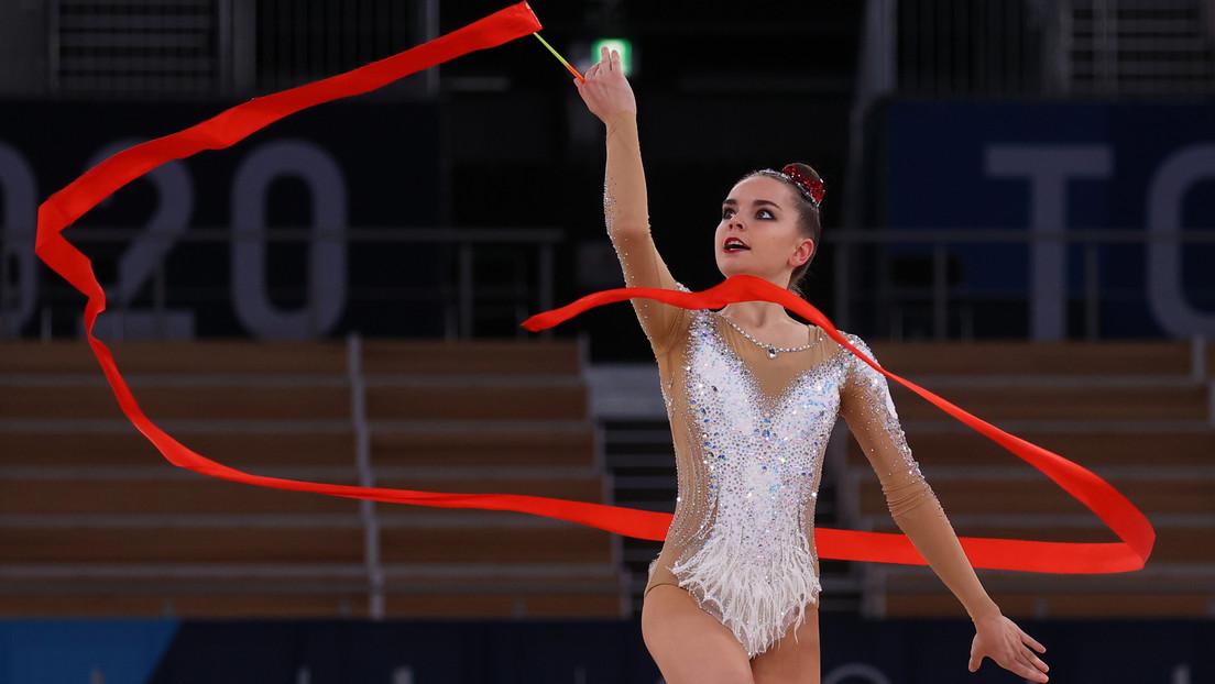 La gimnasta rusa Dina Avérina se consagra en Japón como campeona del mundo 15 veces