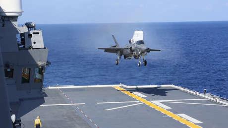 Japón y EE.UU. realizan entrenamientos de despegue y aterrizaje de cazas F-35B en medio de las tensiones con China