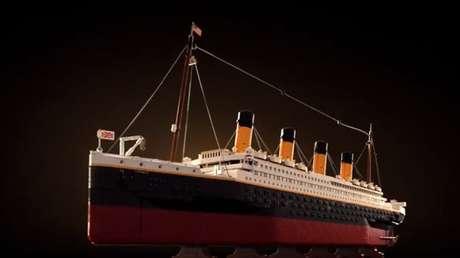 VIDEO: LEGO saca una reproducción del Titanic de 9.090 piezas, su modelo más grande