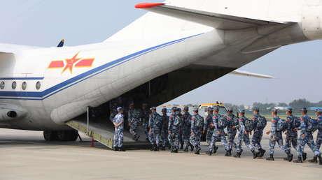 VIDEO: China realiza simulacros de desembarco en playas del estrecho de Taiwán en medio de la creciente tensión