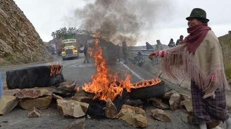 Rutas bloqueadas, represión y al menos 37 detenidos durante las protestas en Ecuador por el precio del combustible