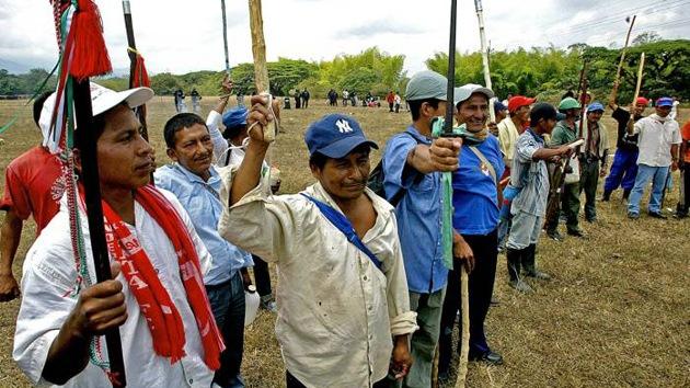 Indígenas colombianos, dispuestos a acabar con el conflicto en su territorio