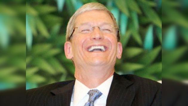 El sucesor de Steve Jobs es el directivo mejor pagado de EE. UU.
