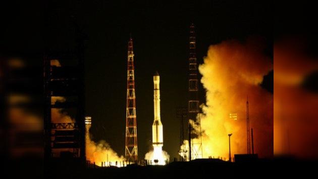 El cohete Protón-M llevará señal televisiva a Puerto Rico, Alaska y Hawái