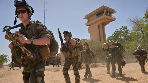 Francia comenzará la retirada de sus tropas de Mali en marzo