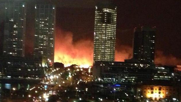 Fotos: Un gran incendio consume parte de la Reserva Ecológica de Buenos Aires