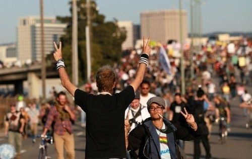 Protestas en Oakland, firmes pese a la resistencia de la Policía