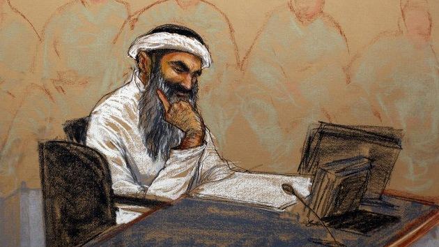 Obama no se moja con Guantánamo: un reo sufrió 183 simulaciones de ahogamiento