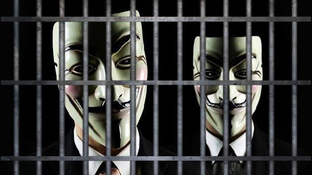 Dos Anonymous acaban entre rejas por ataques en apoyo a WikiLeaks