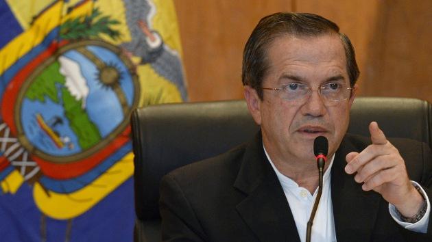 Ecuador denuncia el hallazgo de un micrófono oculto en la embajada en Londres