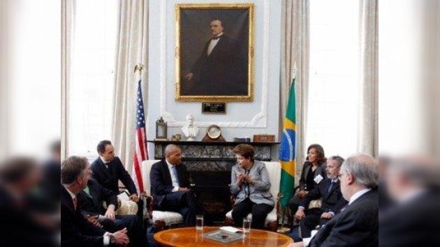 Concluye la visita de Rousseff a EE. UU. con el impulso del programa educativo