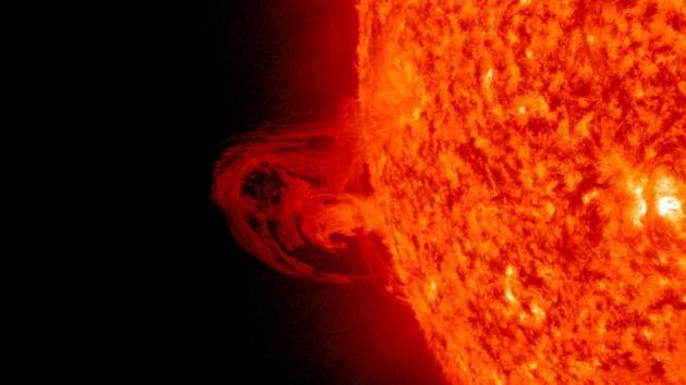 Hallan un río de plasma que protege la Tierra de las tormentas solares
