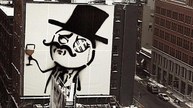 El FBI en las filas de Anonymous: retrasan de nuevo la sentencia del 'hacker' Sabu