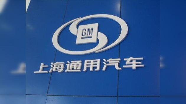 La alta demanda china hace que GM estudie abrir nuevas instalaciones allí