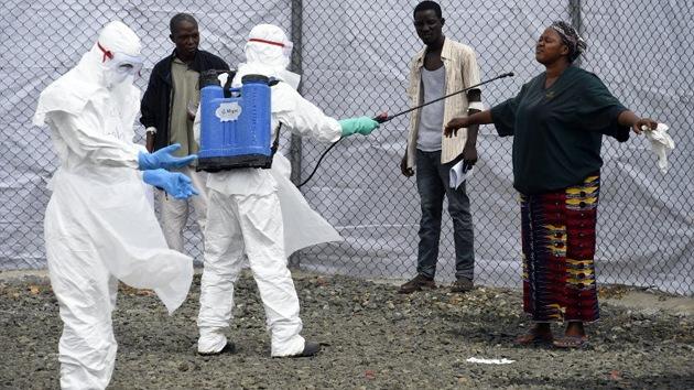 La peor epidemia de ébola de la historia: una carrera contra todos los elementos