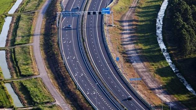 El Gobierno de España promete rescatar a las autopistas de peaje