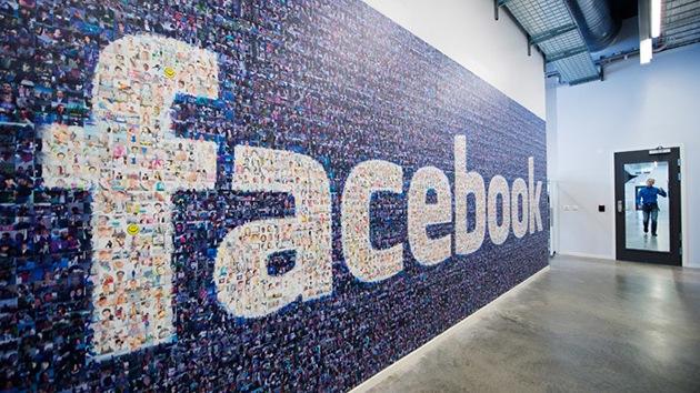 """""""Facebook es un regalo para las agencias de inteligencia"""""""