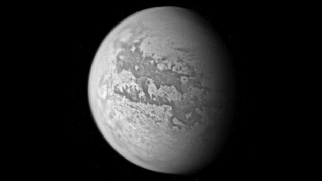 Los astrónomos registran la llegada del otoño en Titán