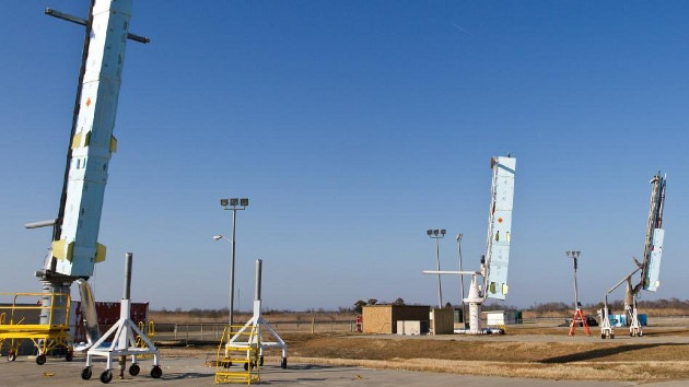 La Nasa lanza tres cohetes militares secretos