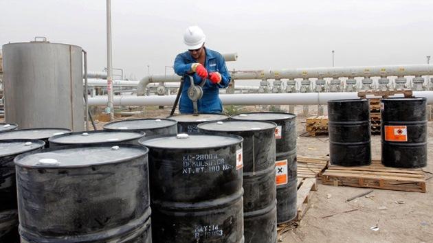 Irán y Venezuela trabajan para que el precio del crudo vuelva a los 100 dólares
