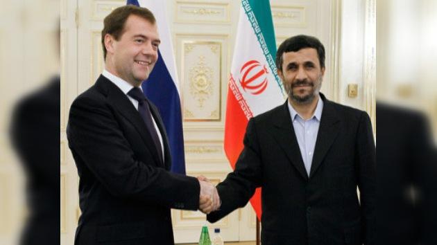 Rusia intenta continuar colaborando con Irán en la esfera nuclear