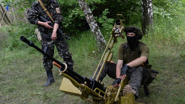 Autodefensas de Lugansk afirman haber derribado un avión de combate ucraniano